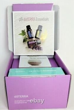 New doTERRA AromaTouch Diffused Essential Oil Kit 8 Oils + Diffuser + Book