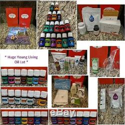 Young Living HUGE Esssential Oils Lot with2 diffusers, oils, thieves items + more